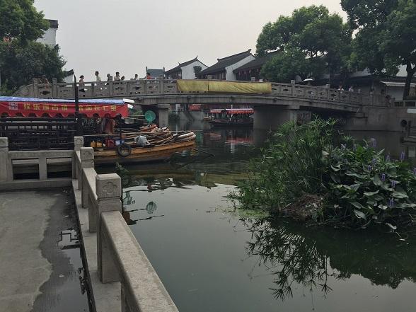七宝老街の川