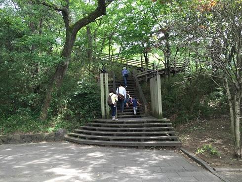王禅寺ふるさと公園の入り口