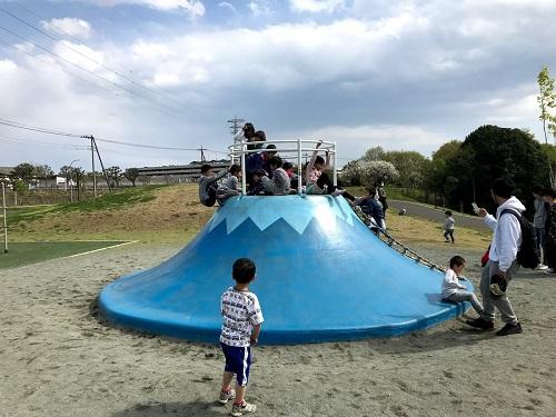 ぼよんぼよんの(?)富士山