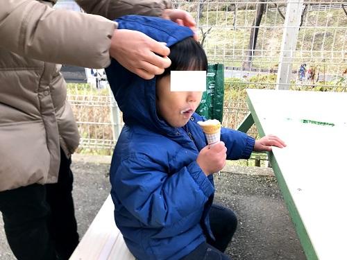真冬のソフトクリーム・・・